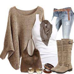 Linda combinacion de ropa Crema, blanco y un mahon