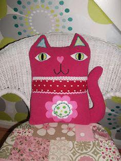 Shabby Angel: Handmade cat cushion ..