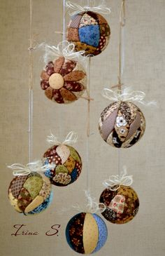 Quilted ball decorations.  Sin aguja