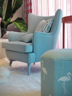 Capri & flamingo by aldeco: modern by avorez Sofa Lounge, Wingback Chair, Armchair, Furniture Upholstery, Home Furniture, Tub Chair, Luxury Homes, Living Room Decor, Accent Chairs