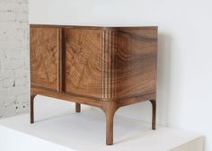 Tambour-Side-Table.gif