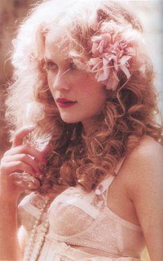 Lula magazine - rose pink and flowers