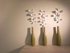 花瓶とコラボすれば、思わず二度見してしまうような面白い一輪挿しの出来上がりです。