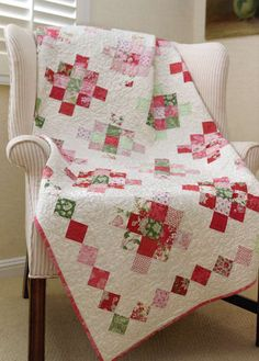 A Sewn Vintage Lifestyle + Giveaway - Fat Quarter Shop's Jolly Jabber granny square quilt Pink Quilts, Girls Quilts, Scrappy Quilts, Baby Quilts, Quilting Projects, Quilting Designs, Quilting Ideas, Quilting Templates, Quilt Kits
