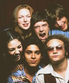 Movies And Series, Movies And Tv Shows, Tv Series, Netflix Series, That 70s Show Cast, It Cast, Kelso That 70s Show, Hyde That 70s Show, Pulp Fiction