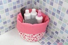 Toma nota de los materiales necesarios y los pasos que debes seguir para elaborar una preciosa cesta de tela o neceser.