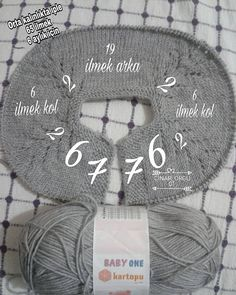 Knitting Baby Vest Robe Models and Constructions Oya Hazer Knit Baby Dress, Knitted Baby Clothes, Knitted Baby Blankets, Baby Booties Free Pattern, Crochet Baby Booties, Knitting For Kids, Sweater Knitting Patterns, Handmade Kids Bags, Crochet Table Runner Pattern