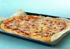 Langpannepizza oppskrift - MatPrat Nordic Recipe, Cloud Bread, Calzone, Falafel, Hawaiian Pizza, Pizza Recipes, Vegetable Pizza, Quiche, Nom Nom