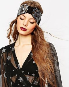 This gorgeous black studded turban. | 32 Hair Accessories That Are So Weird That They're Cute