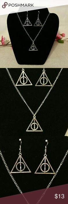 Harry Potter Deathly Hallows Necklace & Earrings Brand new! Silver Tone Harry Potter Deathly Hallows Necklace & Earrings Set Jewelry Earrings