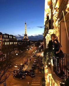 Take me to Paris...mon amour