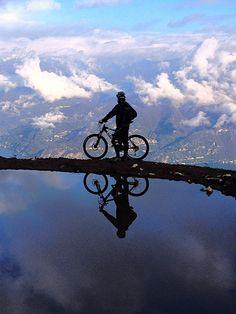 Vivo pedalando !!