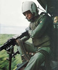 Vietnam War Heroes | An anonymous Vietnam war hero : the M60 machinegun.   #VietnamWarMemories
