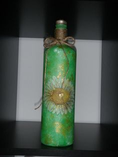 Green bottle with daisies!!!
