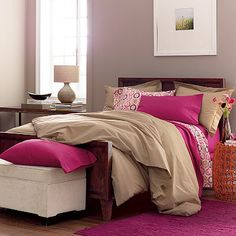 210-thread count cotton percale duvet cover with button closure. Refresh your bedroom with our classic comforter cover.