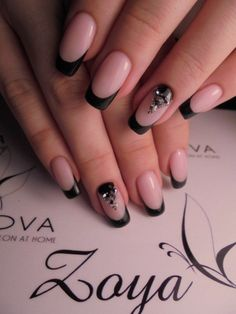 40 - Nail art designs in different colors for you - 1 If you want to make a difference, we offer you nail designs. These nail designs will show you di. Nail Art Designs, French Nail Designs, Cute Nails, Pretty Nails, Hair And Nails, My Nails, Black Acrylic Nails, Nagellack Design, Short Square Nails