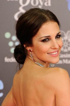 All hairstyles of the Goya Awards 2014 - Sleek Hairstyles, Bride Hairstyles, Wedding Bun, Bridal Hair Inspiration, Graduation Hairstyles, Gorgeous Makeup, Look Fashion, Hair Trends, New Hair