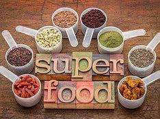 Supervoeding is voeding die superieur is aan overige voeding omdat het veel hogere percentages aan nutriënten bevat dan andere voeding.  Superfoods, Super Foods