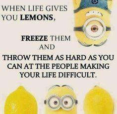 Life Gives You Lemons minion minions minion quotes funny minion quotes minion quotes and sayings minion jokes Funny Minion Pictures, Funny Minion Memes, Minions Quotes, Funny Jokes, Hilarious, Funny Pics, Funny Images, Minions Pics, Top Funny