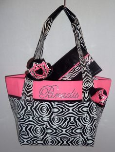 Purse, Pen, and Pouch... hot pink, zebra, and black duct tape.