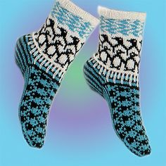 Ravelry: South Pole socks pattern by Jorid Linvik Fair Isle Knitting, Knitting Socks, Baby Knitting, Knitting Machine, Vintage Knitting, Free Knitting, Crochet Slippers, Knit Crochet, Crochet Granny