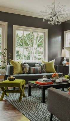 #homedesign #livingroomdecor #inspiration   A fresh and inviting space with lots of natural light. Perfect for hosting guests or living in style day-to-day. Design by Annie Lowengart and photo by David Duncan Livingston