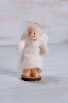 Ein Blogg über handgefertigte Puppen und Figuren, Handmade dolls and figures out of felt, wet felted,wool