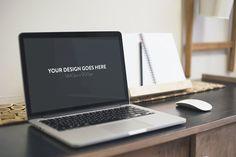 free-macbook-desk-mockup-psd-1
