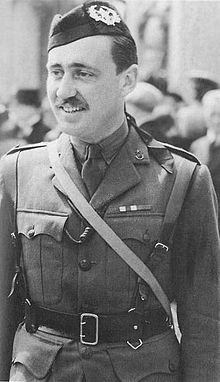 Of all the British airborne leaders, Colonel John Frost is roundly thought of as the most able, so much so that the bridge at Arnhem is now named after him. His 2nd battalion fought their way into Arnhem and held on to the bridge for three days and nights in the face of an enormous German force.