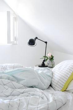 Via NordicDays.nl | Bedroom by Talo Pihkala | HAY Minimal Lemon