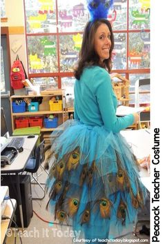 Peacock Halloween costume for teachers. Easy to make and easy to put on for the after lunch parade. More at teachinginroom6.blogspot.com