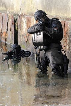 Special Forces,insertion by water...