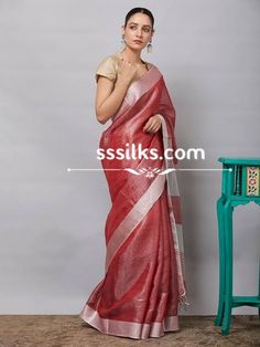 Our weaver specially made wholeheartedly for the women by using materials such as organic linen, natural zari, natural dyes. Pure Silk Sarees, Handloom Saree, Dyes, Sari, Organic, Indian, Pure Products, Natural, Women