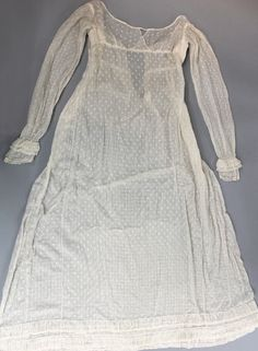 White spotted muslin gown c.1815