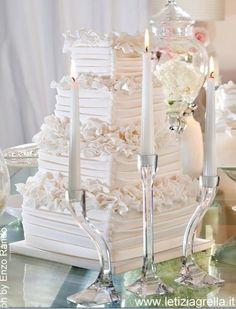 Total white by Letizia Grella Cake Studio