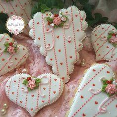 - Sweethearts by Teri Pringle Wood Fancy Cookies, Iced Cookies, Cute Cookies, Royal Icing Cookies, Cupcake Cookies, Sugar Cookies, Valentines Day Cookies, Holiday Cookies, Paint Cookies