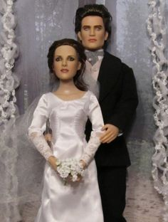 About BD Wedding Bella and Edwa: Repainted Edward and Bella dressed in wedding attire. Bellas gown and accesories created by Becky Unger