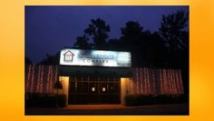 Hotel 21MileStone provides budget luxury deluxe super class facilities in Mahipalpur near IGI Airport Delhi. Its executive suite rooms make it luxurious hotel and providing world class facilities and amenities throughout Delhi.