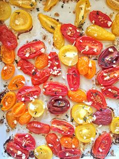 Roasted Garlic & Thyme Tomatoes. Super easy and nutritious dish to make.  #Healthy #DiabeticFriendly #nutrition