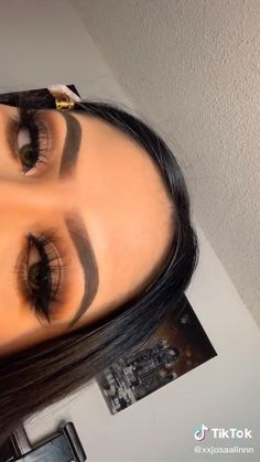 Bold Makeup Looks, Soft Makeup, Simple Eye Makeup, Glam Makeup, Pretty Makeup, Makeup Inspo, Eyeshadow Makeup, Makeup Inspiration, Eye Makeup Art