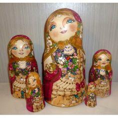 Katy #Babushka #russiandoll #matryoshka #dollsindolls #decor #traditional
