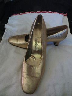 1960S  Miss   Wonderful  GOLD leather  pump by Linsvintageboutique, $25.50