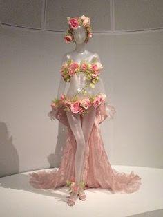 Maternity outfit if I'm feeling bold af. Maternity outfit if I'm feeling bold af. Costumes Burlesques, Burlesque Costumes, Fantasy Costumes, Burlesque Outfit, Costume Fleur, Flower Costume, Fairy Dress, Fantasy Dress, Costume Design