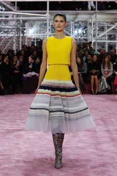 Silhouette_22 / Sfilata Haute-Couture Primavera-Estate 2015 / Haute Couture / Donna / Sito web ufficiale DIOR