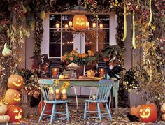 Google Image Result for http://www.housevaganza.com/wp-content/uploads/2011/10/Halloween-Party-Decorating-Ideas.jpg