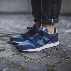 Nike Archive 83.M: Blue