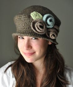 Crochet Cloche Hat with Doeskin heather and Light Blue Felted Roses