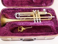 Crow's Auction Gallery : A brass trumpet, inscribed Clippertone, Malta, in : Online Auction Catalogue