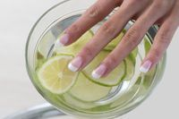 Growing your nails with funds can be difficult, but .- Das Wachsen Ihrer Nägel mit Mitteln kann schwierig sein, aber in einem WIE kont… Growing your nails with funds can be difficult, but in a HOW do you contaminate … – Uñas – their - High Protein Smoothies, Protein Smoothie Recipes, Body Peeling, Nail Growth, Clean Nails, Nails At Home, Toe Nail Designs, Toe Nails, Sexy Nails