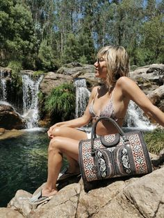 Looking for a beautiful day-to-day bag, gym bag, or small carry-on bag? The mini-weekender bag will cover all your needs and turn hands, too! There is a snap button closure on the front and includes one zippered pocket inside with a vegan line interior. The mini weekender bag is truly unique and features traditional designs handcrafted by our artisans in Sumatran. 100% cruelty-free, it is the perfect bag for the conscious consumer! #womenbag #handmadebag Fashion Bags, Fashion Ideas, Fashion Accessories, Vegan Handbags, Day Bag, Handmade Bags, Beautiful Day, How To Look Better, Purses